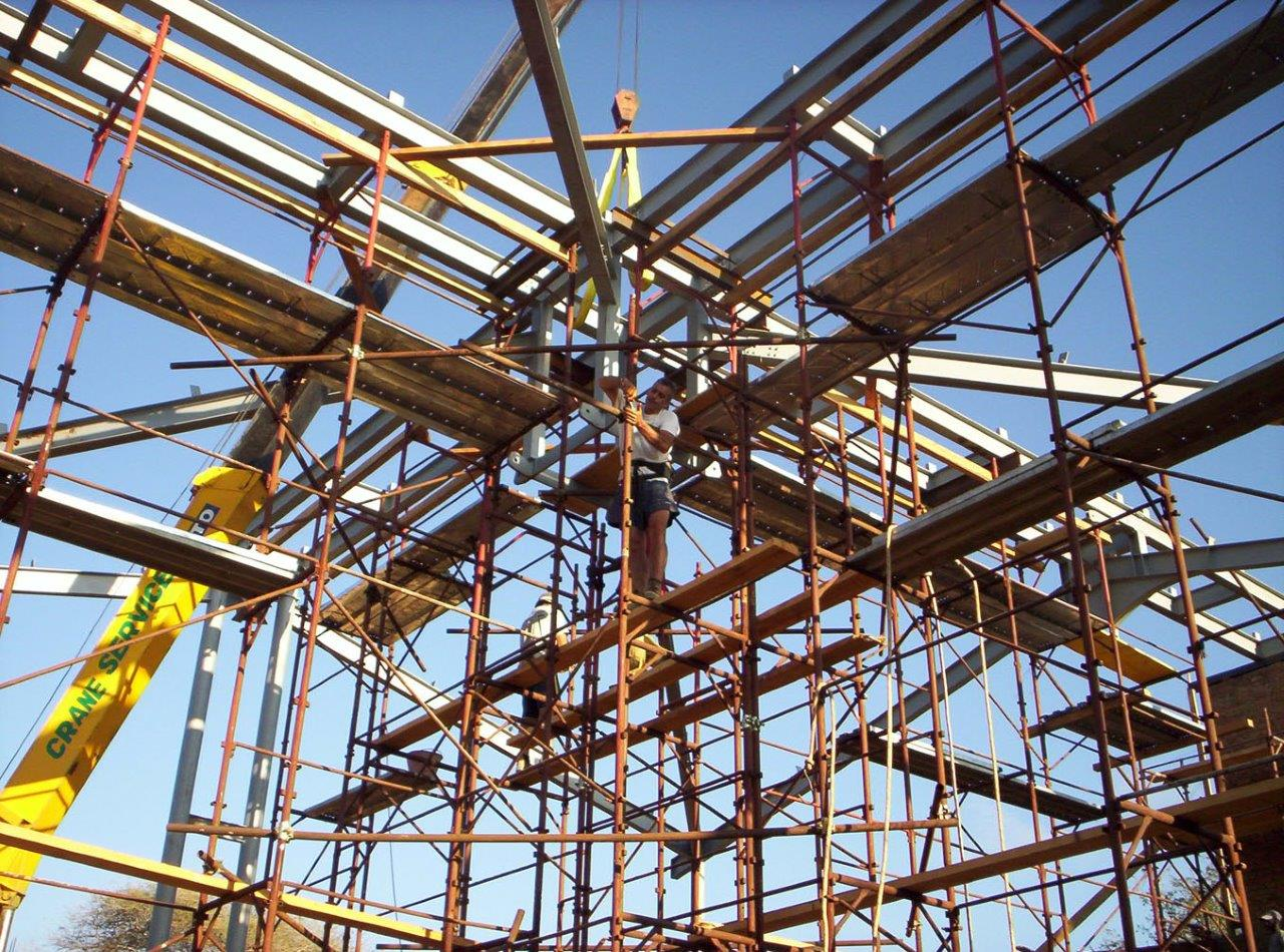 Srtuttura tetto chiesa Ilembula